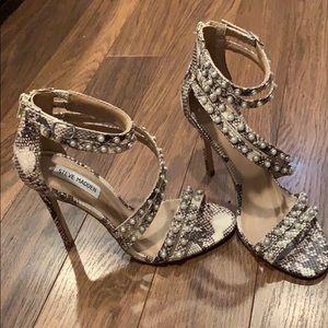 Steve madden snake print heels